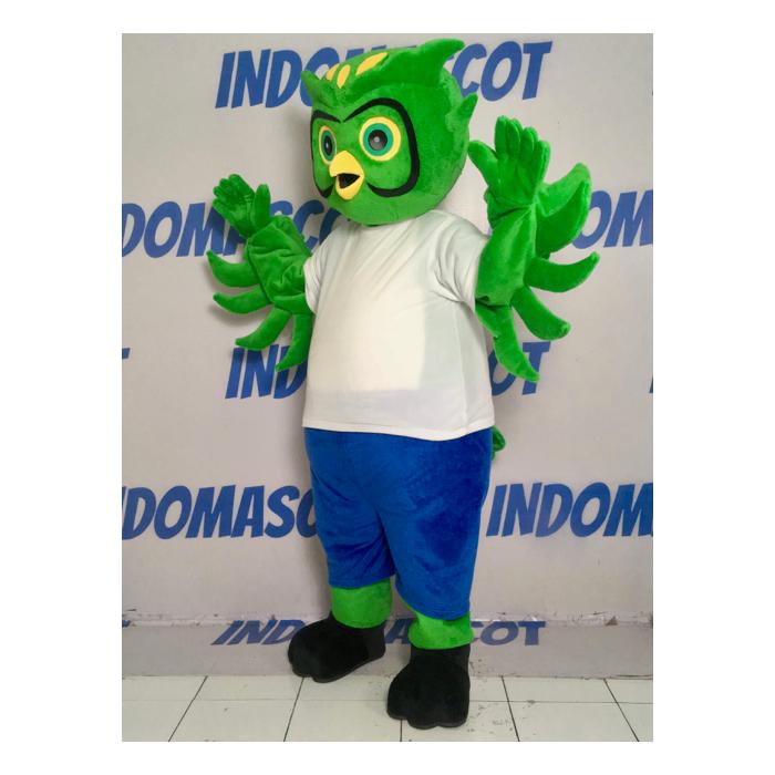 badut maskot burung hantu hijau